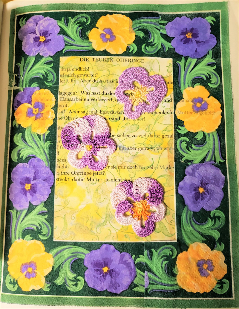 Pansy paper napkin crochet pansy w beads 20200825_050950